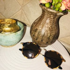 Rayban round fleck tortious and gold sunglasses